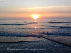 Sunset (Scheveningen beach in the Netherlands)
